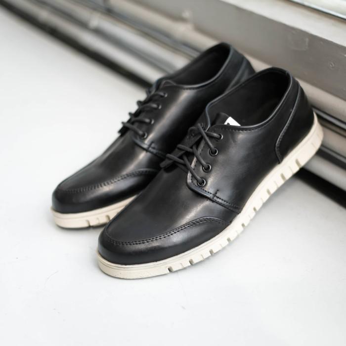 harga Sepatu casual pria - parker black Tokopedia.com
