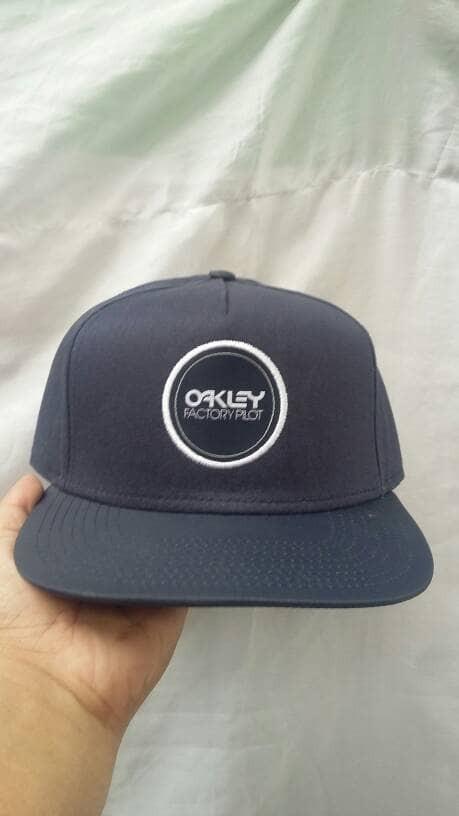 harga Obral! topi original oakley black snapback real pic stunning cap Tokopedia.com