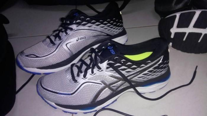 Original 100% sepatu running asics gel cumulus 19 - asics running gel 43a3642cb1