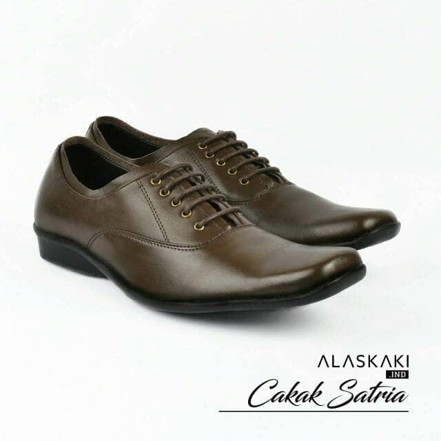 Sepatu Sandal Kickers Wanita Kulit Kode A.309. Source · harga Sepatu pria  pantofel 9388955df6