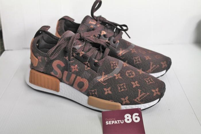4cb90b9e18dd Jual Sepatu Adidas NMD R1 LV X Supreme - Premium Quality - Gudang ...