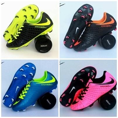 Free bonus!!! sepatu soccer nike hypervenom murah terbaik.