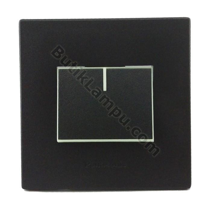 Foto Produk Saklar Engkel Saklar Tunggal Panasonic Style Black Series dari butiklampu