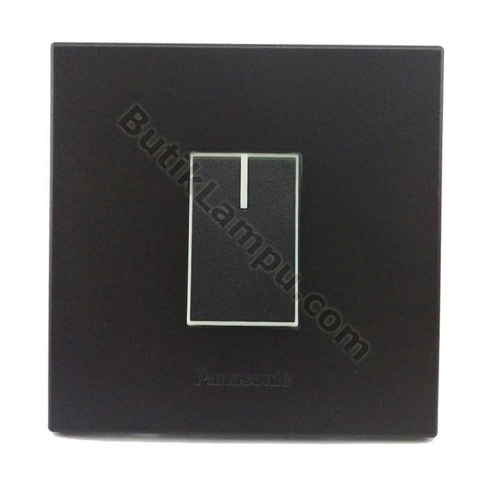 Foto Produk Saklar Engkel Saklar Tunggal Kecil Panasonic Style Black Series dari butiklampu