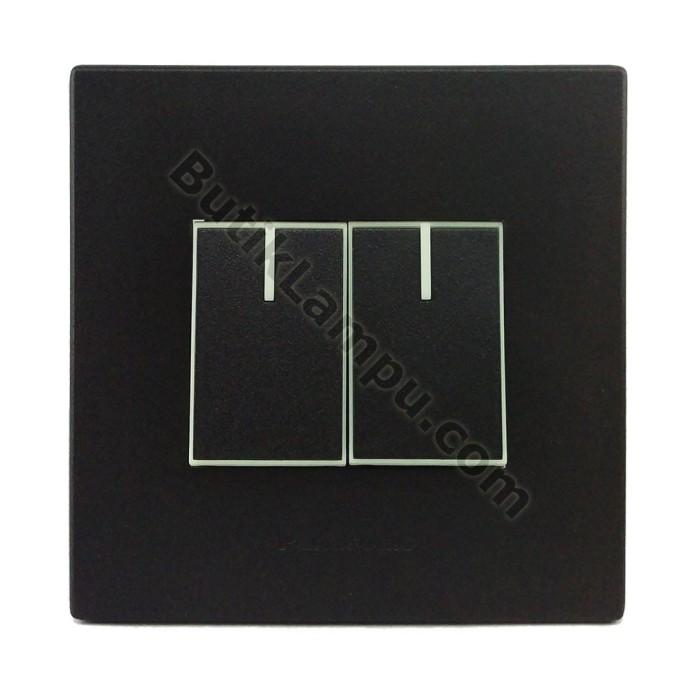 Foto Produk Saklar Seri Hotel Saklar Double Panasonic Style Black Series dari butiklampu