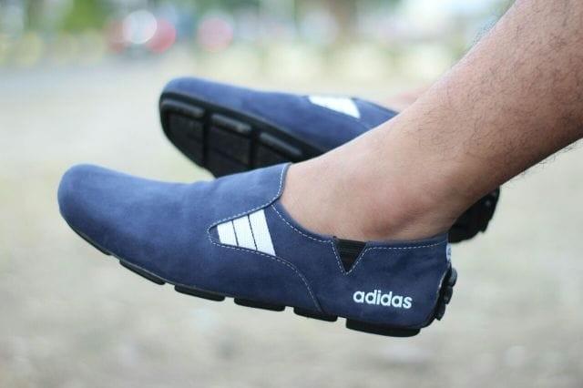 harga Sepatu adidas selop slip on pria casual loafers keren elegan biru navy Tokopedia.com