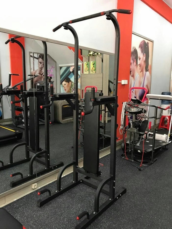 Pull up bar, dipping, chin up, leg raise, push up, alat fitness. Category : Olahraga Gym ...