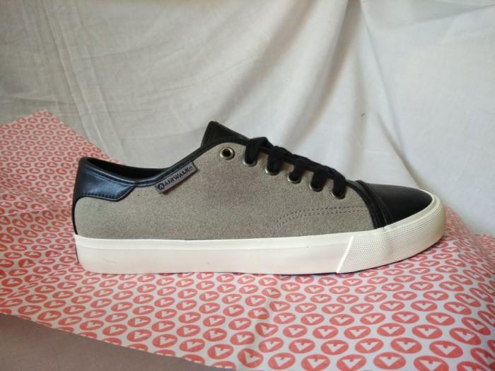 Asli Airwalk Original. Hlton. Sepatu Pria. Casual Sneakers Skate