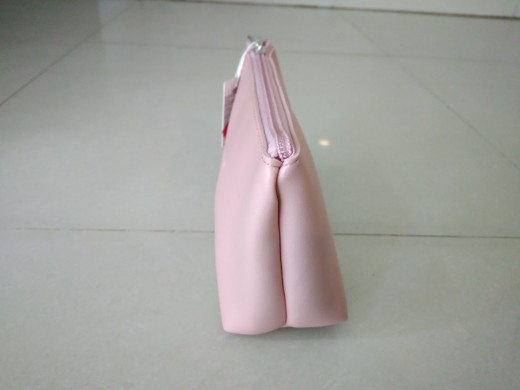 Jual pouch make up miniso Trapezoidal cosmetic bag (Pink) - DKI ... 172850802f15e