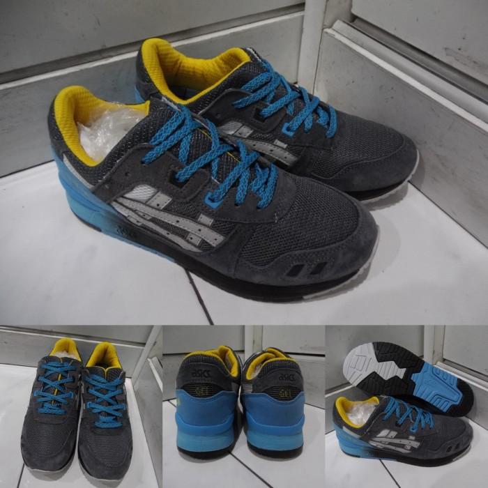 new product 1f1b0 e7c82 Jual Sepatu Kets Sneakers Asics Gel Lyte III 3 x Slam Jam Grey Blue Yellow  - Kota Bandung - DV Store Girl Fashion | Tokopedia