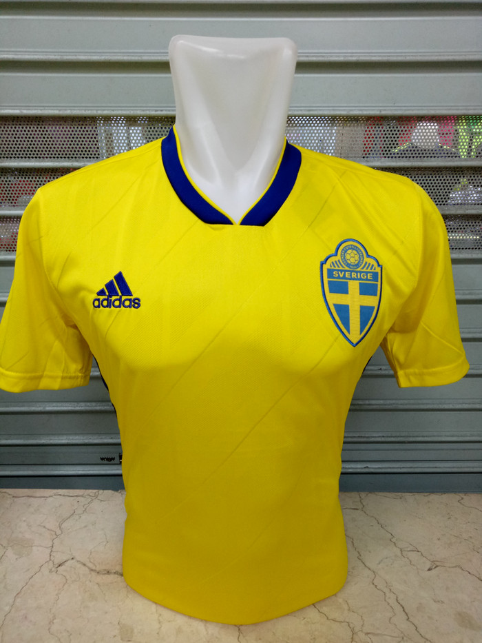 Jual Jersey Swedia Sweden Home World Cup Piala Dunia 2018 Grade Ori ... 34add6f20