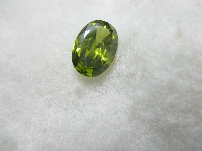 harga Batu cincin green peridot full cutting 14x10x6mm Tokopedia.com