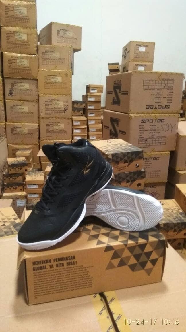 Jual sepatu basket spotec exodus BIG SIZE - OLshop CampurCampur Sby ... 7b313a04a2