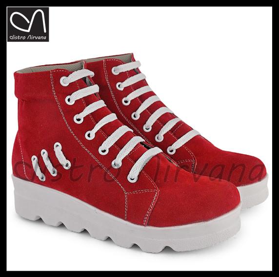 harga Sepatu wanita boots casual docmart platform fashion distro cewek dn Tokopedia.com
