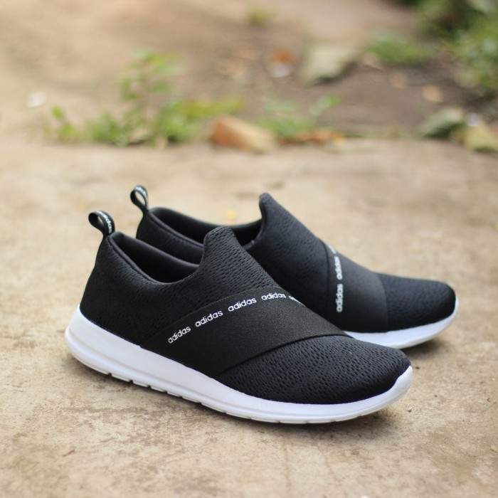designer fashion 5a346 cb923 Adidas Refine Adapt Slip-On Black White ORIGINAL Sneaker for Women