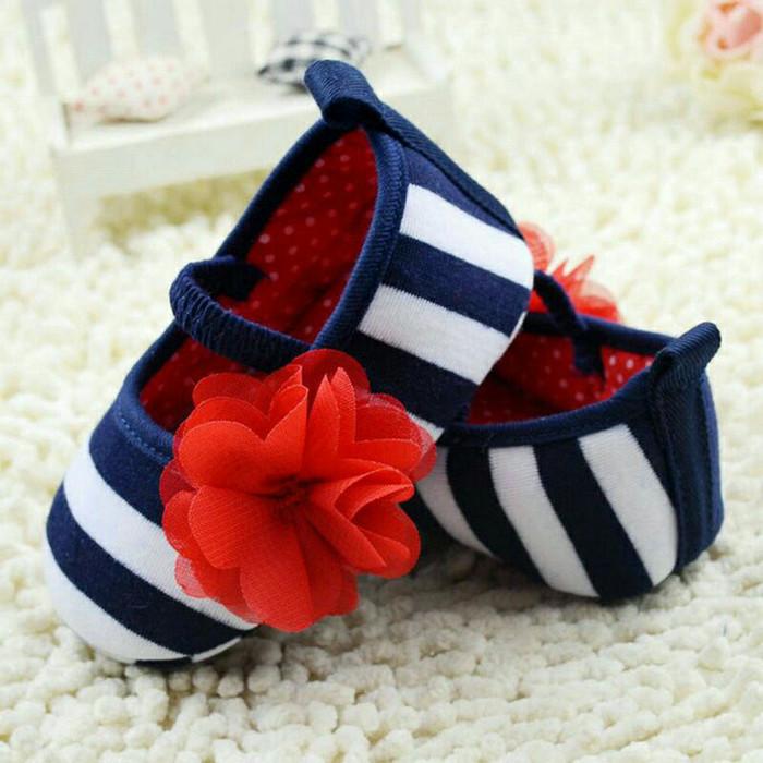 harga Sepatu prewalker newborn bayi anak perempuan shoes baby stripe bunga Tokopedia.com