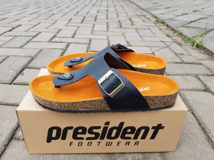 harga Sepatu pria casual santai kerja formal nike slip on / slop murah Tokopedia.com