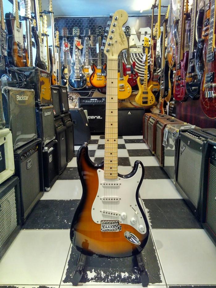harga Gitar listrik fender squier stratocaster affinity [ gitar squier ] Tokopedia.com