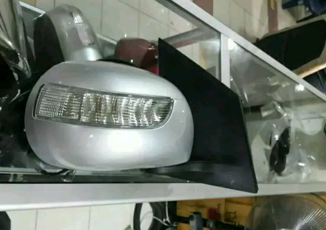 SPION NISSAN GRAND LIVINA 1.5 XV ORIGINAL 2010 s-d 2014