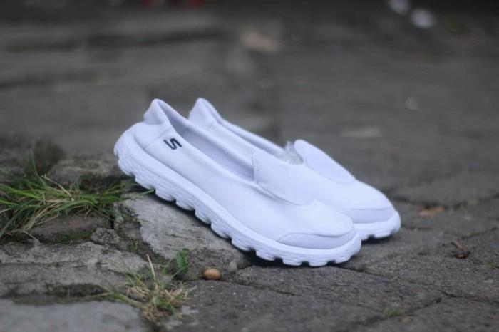 Jual Sepatu Skechers Grade Original Cewek Wanita   Slop Slip On ... 34f054bd42