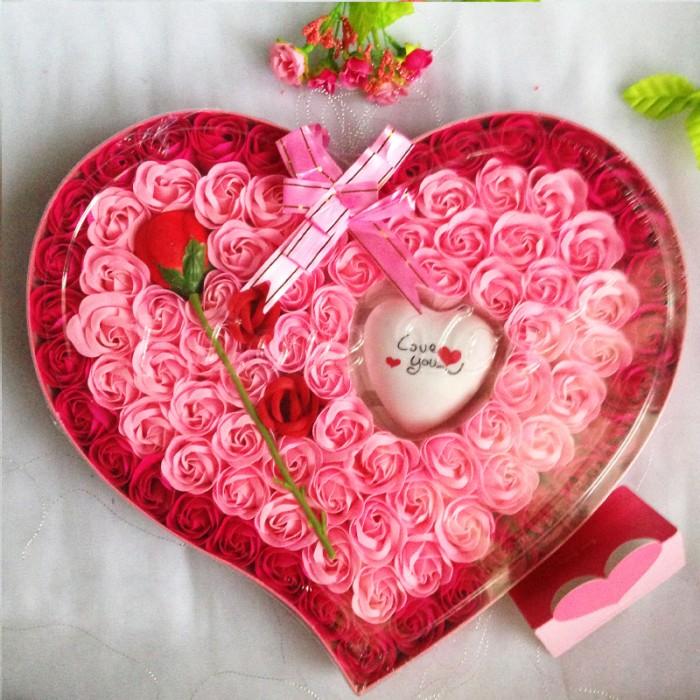 harga New Bunga Kotak Valentine/ Kado Valentine Murah F009 - Pink Blanja.com