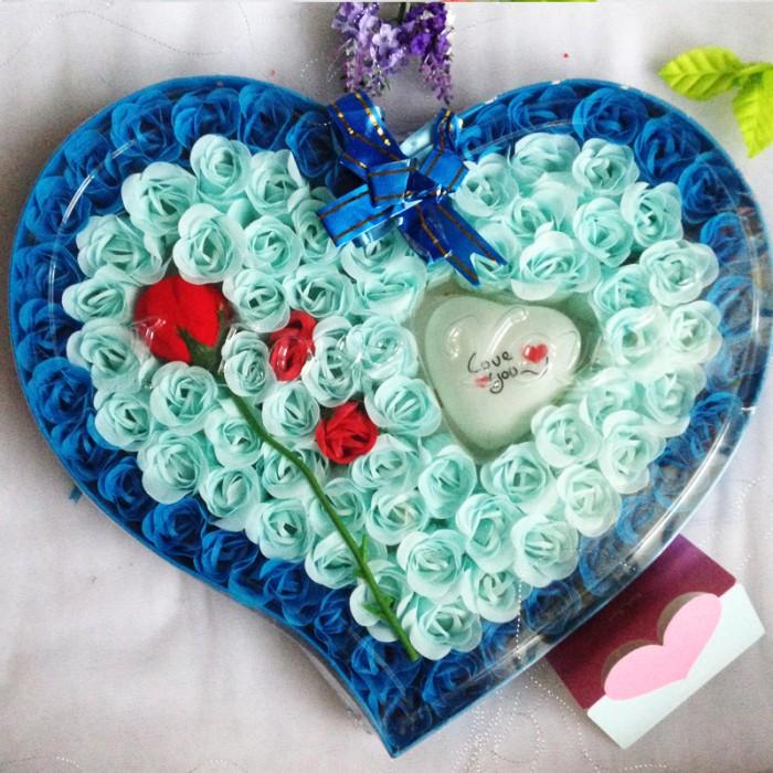 harga New Bunga Kotak Valentine/ Kado Valentine Murah F009 - Biru Blanja.com