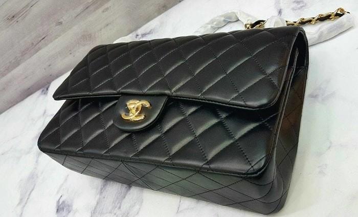 Jual Chanel Classic Calfskin Shoulder Bag   Sling Bag   Tas Pesta ... c551706554