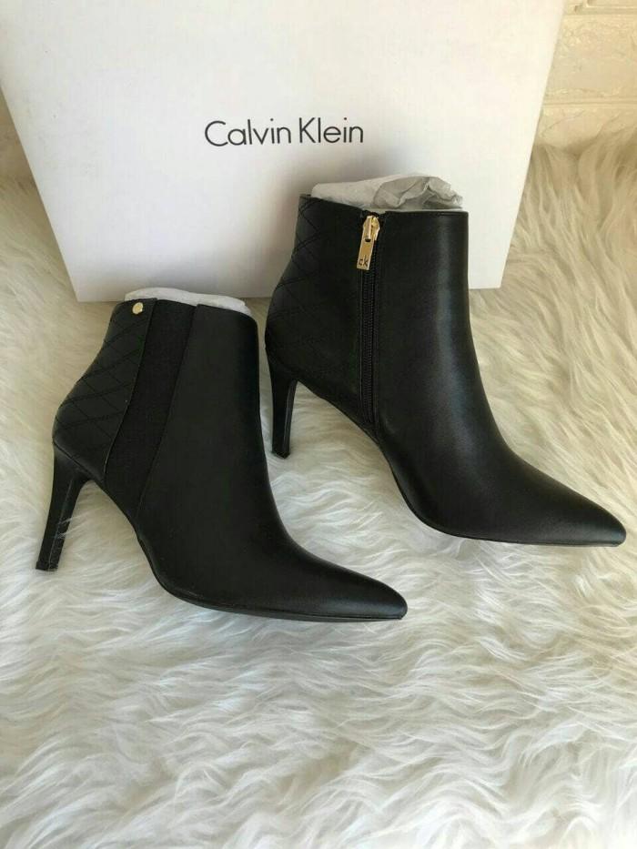 Jual sepatu calvin klein original  calvin klein bootie black ... 5692c319ab