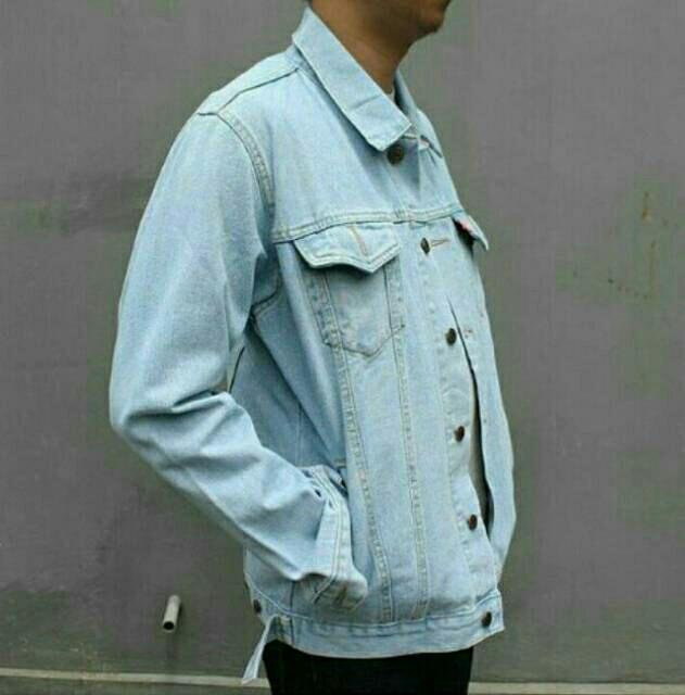 Jaket Jeans Reguler Biru Muda Pudar - Daftar Harga Terbaru ... 76c471b650