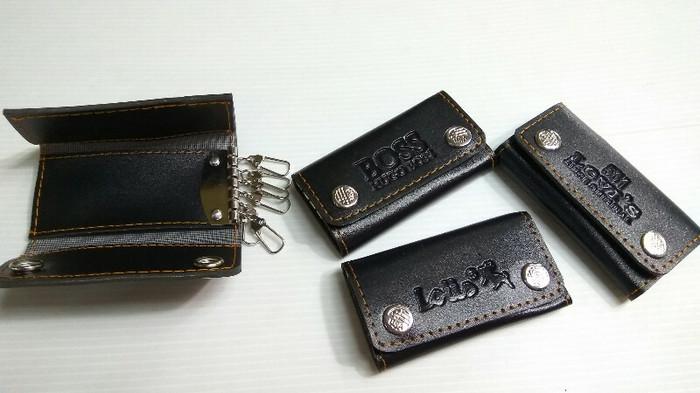 Dompet STNK mobil / motor LIPAT 3 merek HUGO BOSS , Levi's & Lous