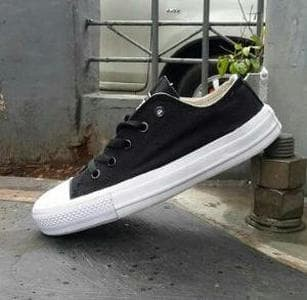 Katalog Toko Sepatu Converse Hargano.com