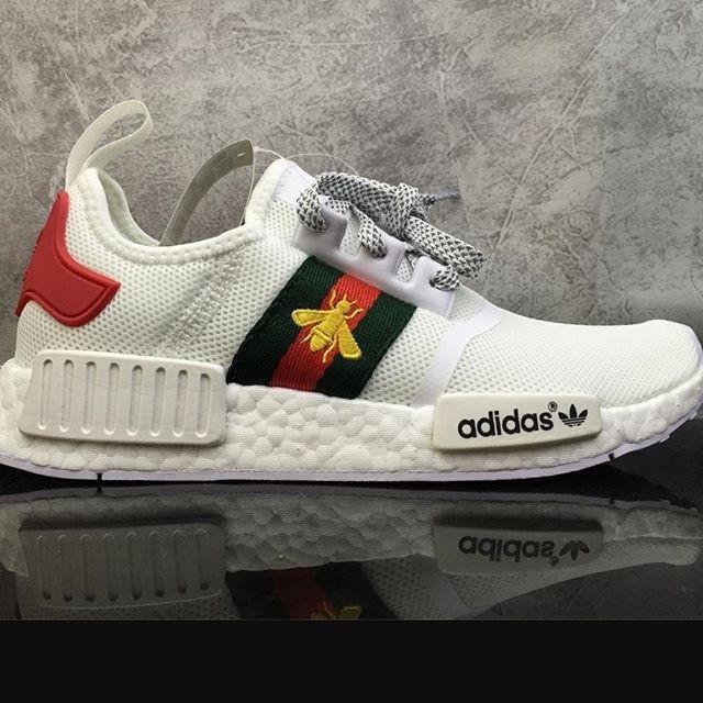71f71a136 Jual Adidas Nmd R1 Gucci Bee White Premium Original   sepatu adidas ...