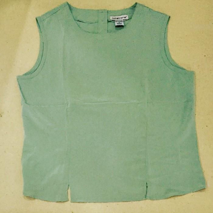 Foto Produk sleeveless blouse hijau muda - Hijau muda, M dari au'let