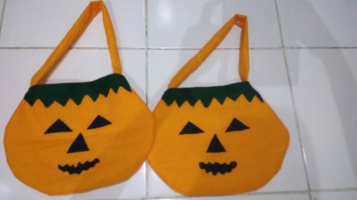 harga tas kantung permen Halloween trick or treat basket Tokopedia.com