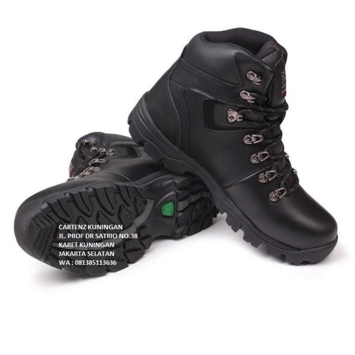 harga Sepatu gunung karrimor skiddaw Tokopedia.com