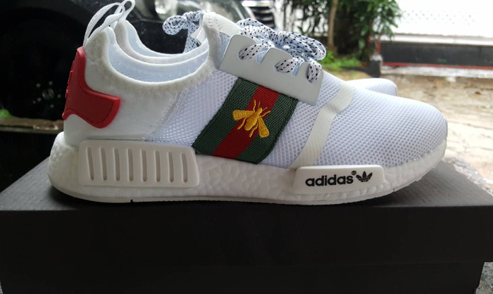 f2171ce59 Jual Sepatu Adidas NMD R1 X Gucci Bee White - Tony Sneakers