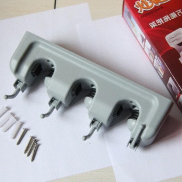 Gantungan Sapu 3 Slot alat pel dengan hook 3 slot magic mop holder