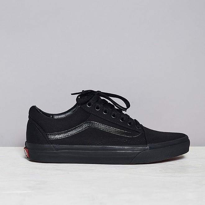 Jual Sepatu Pria Vans Old Skool Classic Full Black Original BNIB ... 9ac34195d5