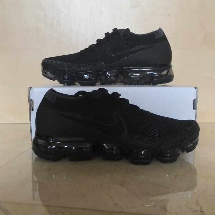 02313e214aba6 Jual Nike Vapormax Triple Black Woman - The Sneaker s House