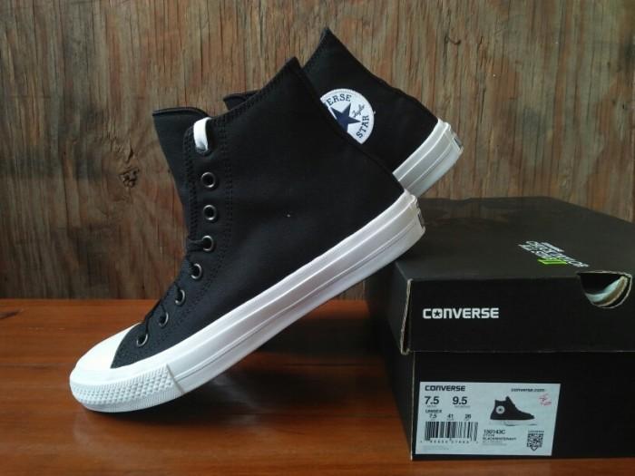 harga Converse chuck taylor ii all star black white hi bnib original Tokopedia.com