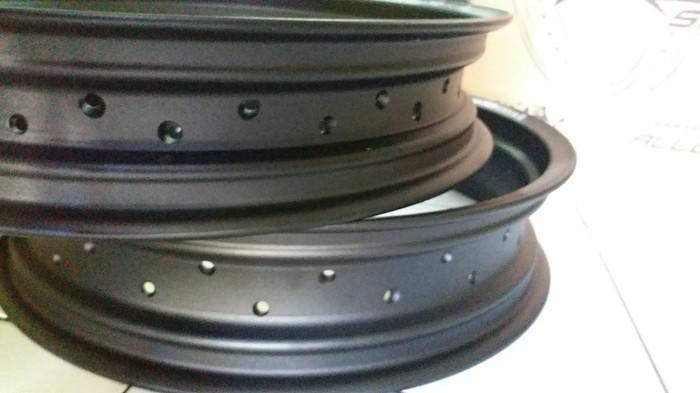 harga Velg paket 300 - 350 17 v rossi tipe sprint xd hitam Tokopedia.com