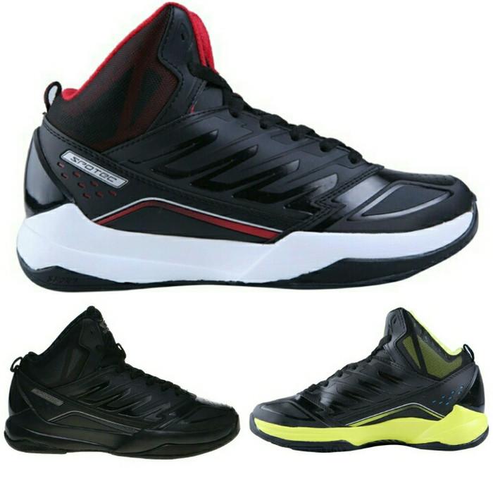 promo code 850b0 ba751 Sepatu basket Spotec Hornets.