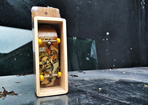 harga Fingerboard fullset medium - lady of justice Tokopedia.com
