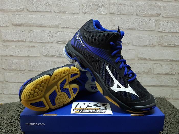 harga Sepatu Voli Mizuno Wave Lightning Z4 Mid V1ga 180582 Wlz Volly Volley  Tokopedia.com fd469b5a98