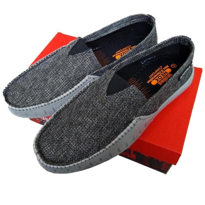 Jual sepatu crocs merk ardiles Model Waka warna abu2 0cd286207d