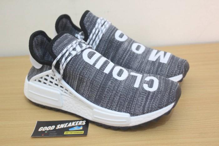 new style f416d 1d40b Jual Sepatu Adidas NMD Human Race x Clouds Mood Pharrell Williams - Jakarta  Selatan - Good Sneakers | Tokopedia