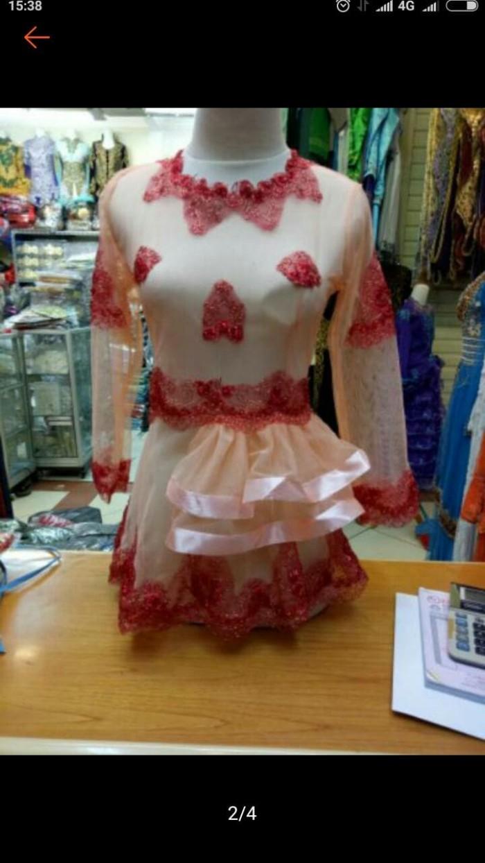 Foto Produk atasan kebaya peplum trend masa kini dari toko riyan baju