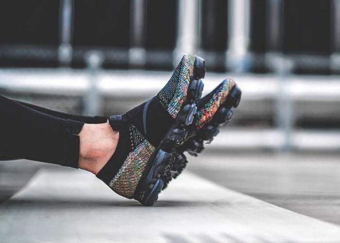 Jual Sneakers Casual Sport Nike Air Max Vapormax Strap Multicolor