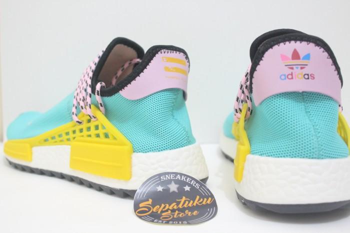 ad44ae55c69e0 Jual Sepatu Adidas NMD Human Race x Pharrell Williams Cloud Mood Sun ...