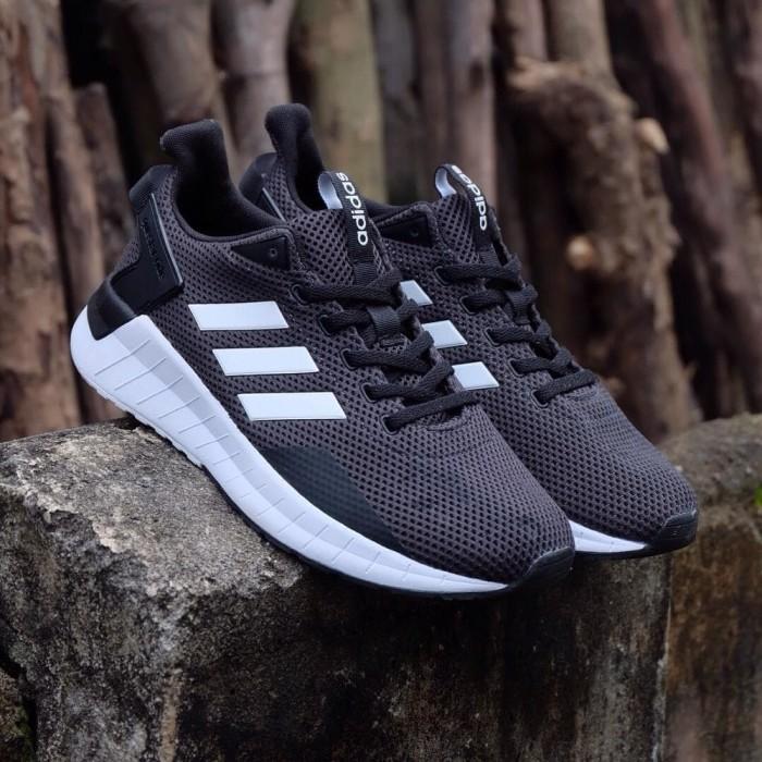 Jual Bnwb Adidas Questar Ride Black White Original Blanja Com